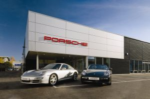 Porsche Service & Repair in Lynnwood