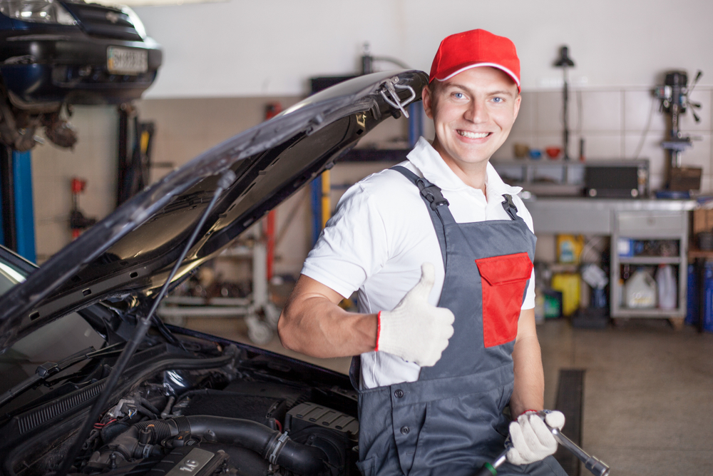 Dodge Auto Repair and Service Shop in Everett WA